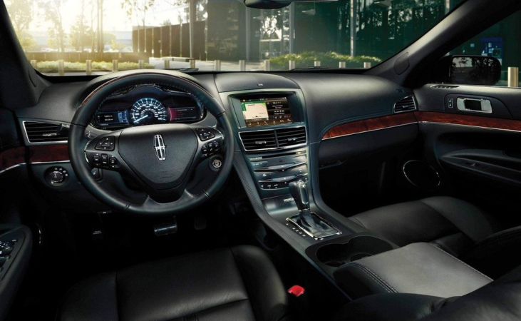 Lincoln MKT Deluxe