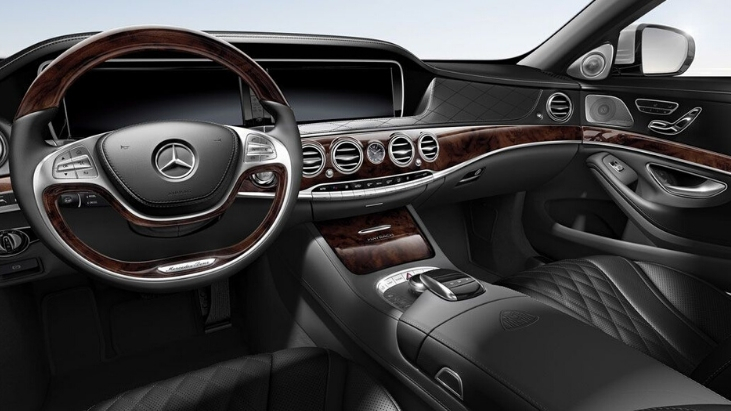 Mercedes-_Benz_s550_Interior